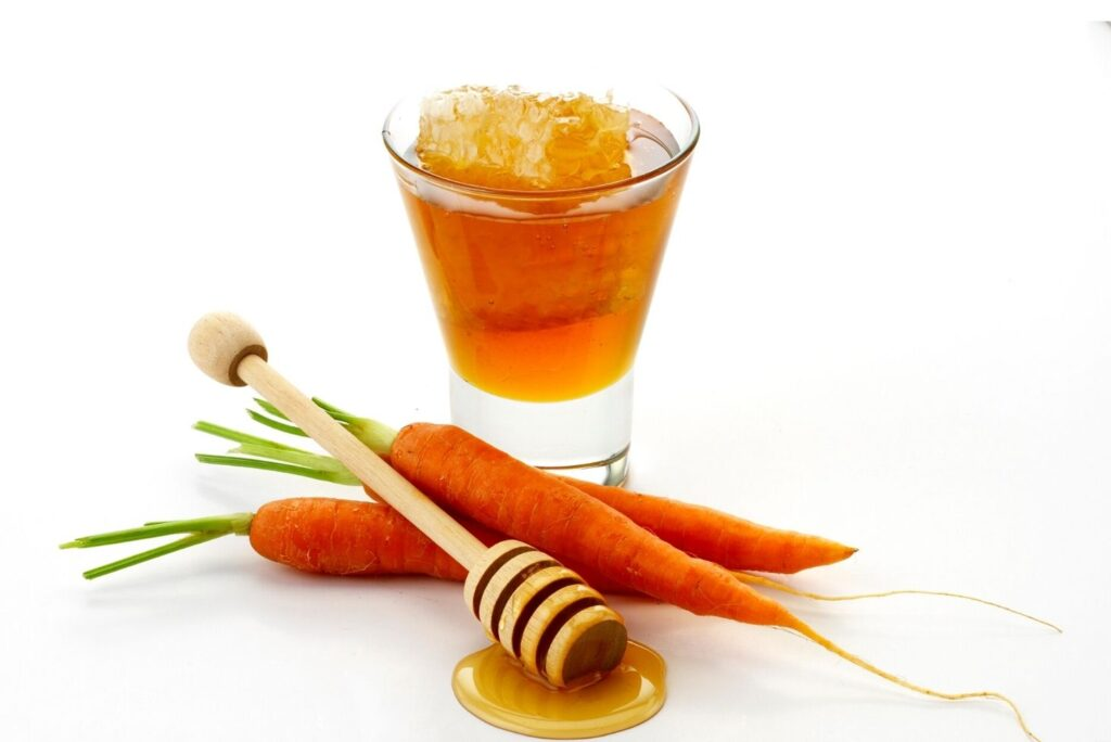 4 Natural Remedies for Stomach Ulcer - Honey Carrots