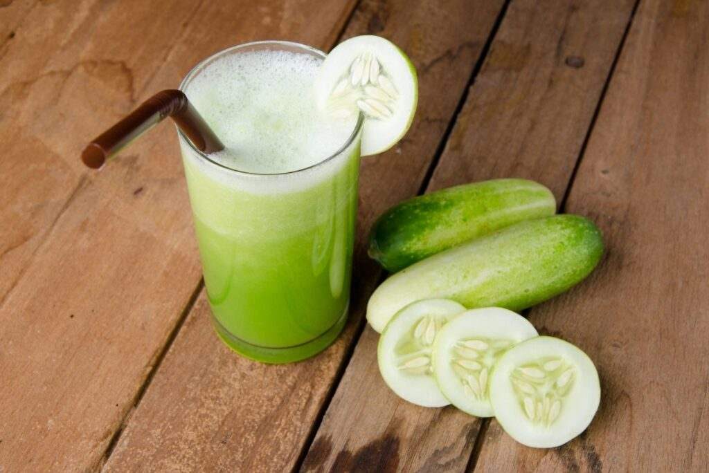7 Home Remedies for Varices - Cucumber Juice