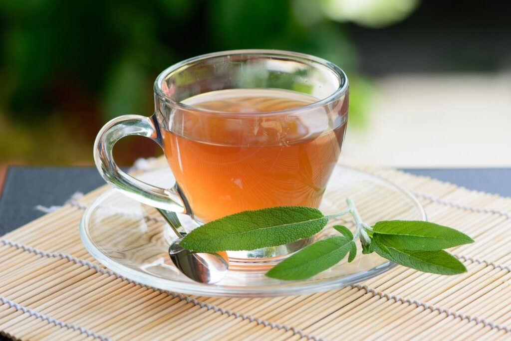 4 Natural Remedies for Dysfunctional Uterine Bleeding DUB %E2%80%93 Sage Tea