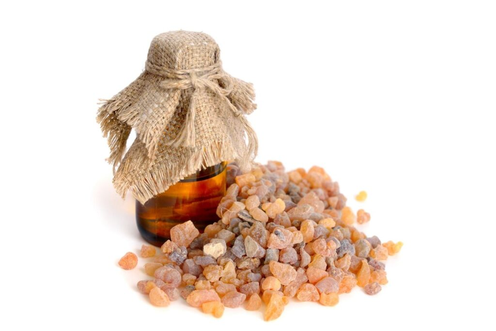3 Natural Remedies for Scalp Mycosis - Frankincense