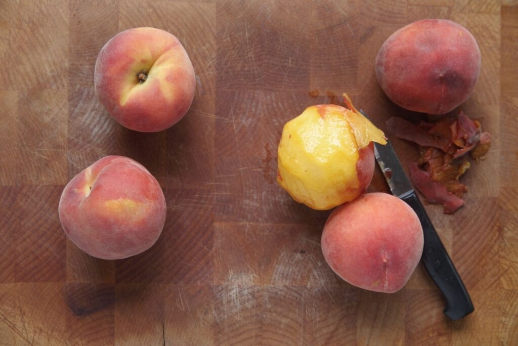 6 Natural Remedies for Warts on Hands - Peach