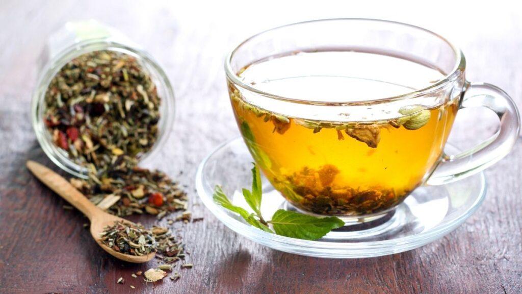 8 Best Natural Remedies for Hemorrhoids - Herbal Tea