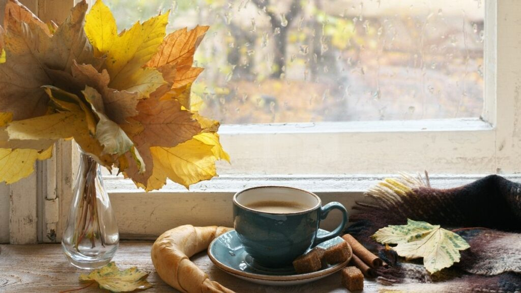 Natural Ways to Beat the Autumn Blues - Cozy Autumn