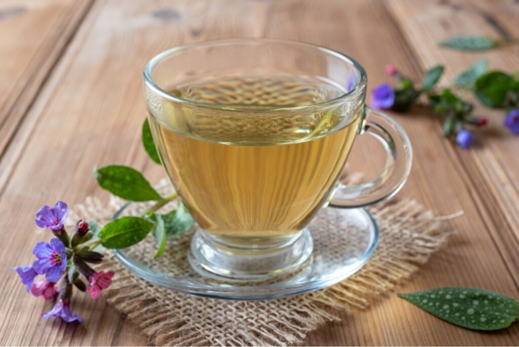 7 Health Uses of Lungwort with Natural Remedies - Lungwort Tea