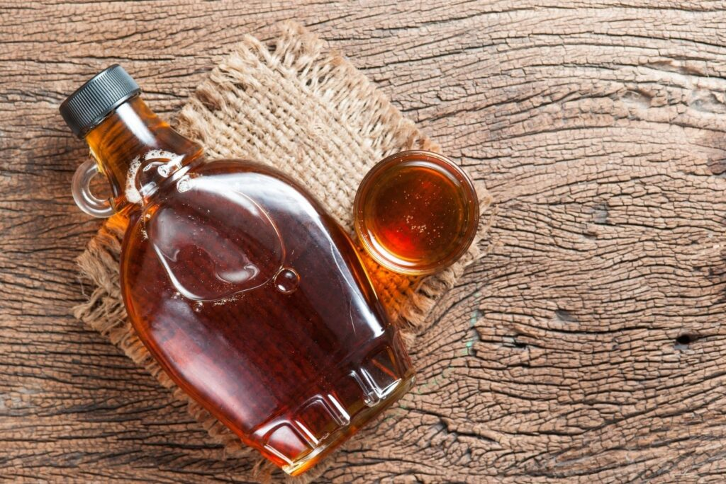 17 Maple Tree Uses, Benefits, and Home Remedies - Maple Syrup