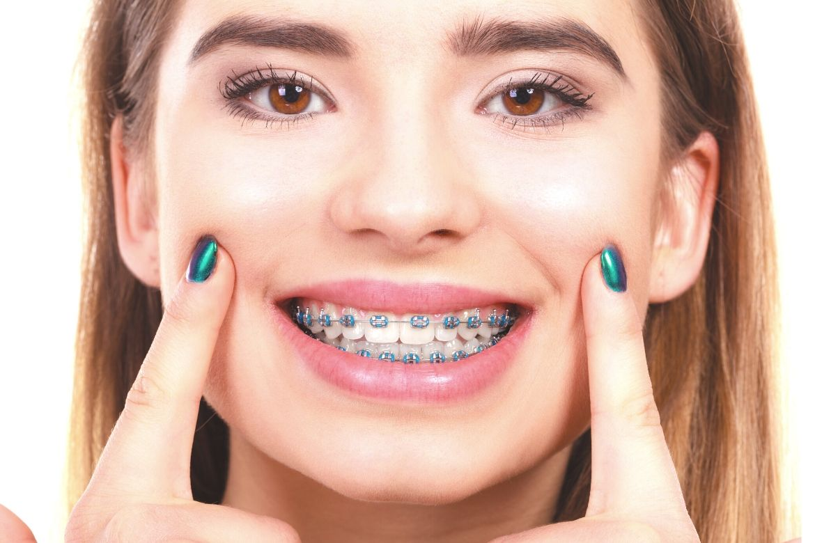 Discover the best remedy for cut on gums, a simple ingredient that helps repair gum tissue after injury. It is a simple home remedy for cuts on gums!