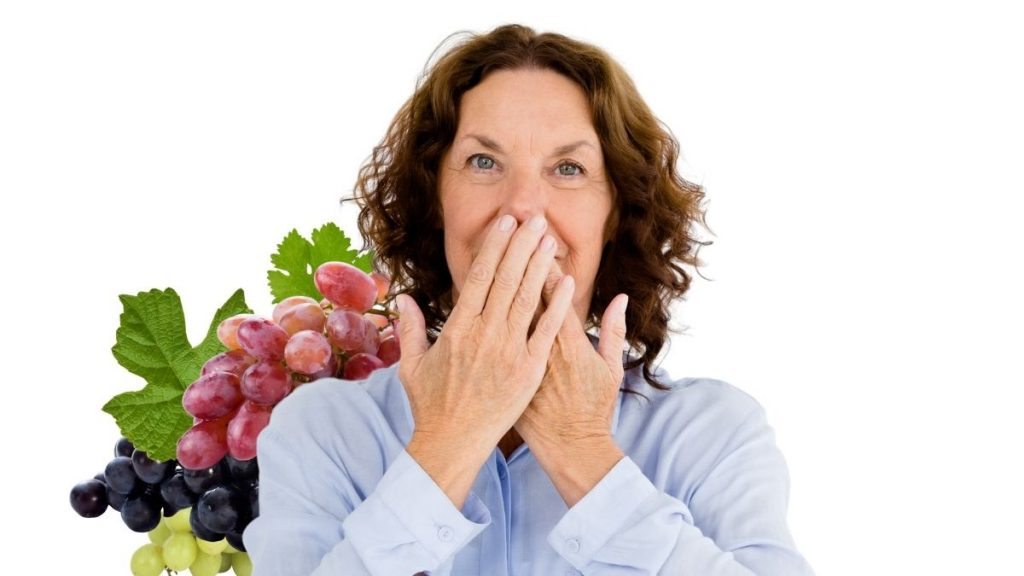 Home Remedy for Mouth Cancer with Grape Peels