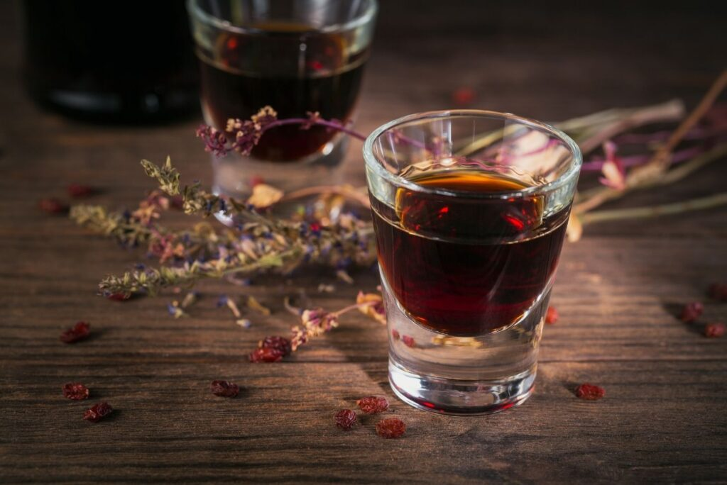 How to Make Swedish Bitter at Home and 20 Health Benefits