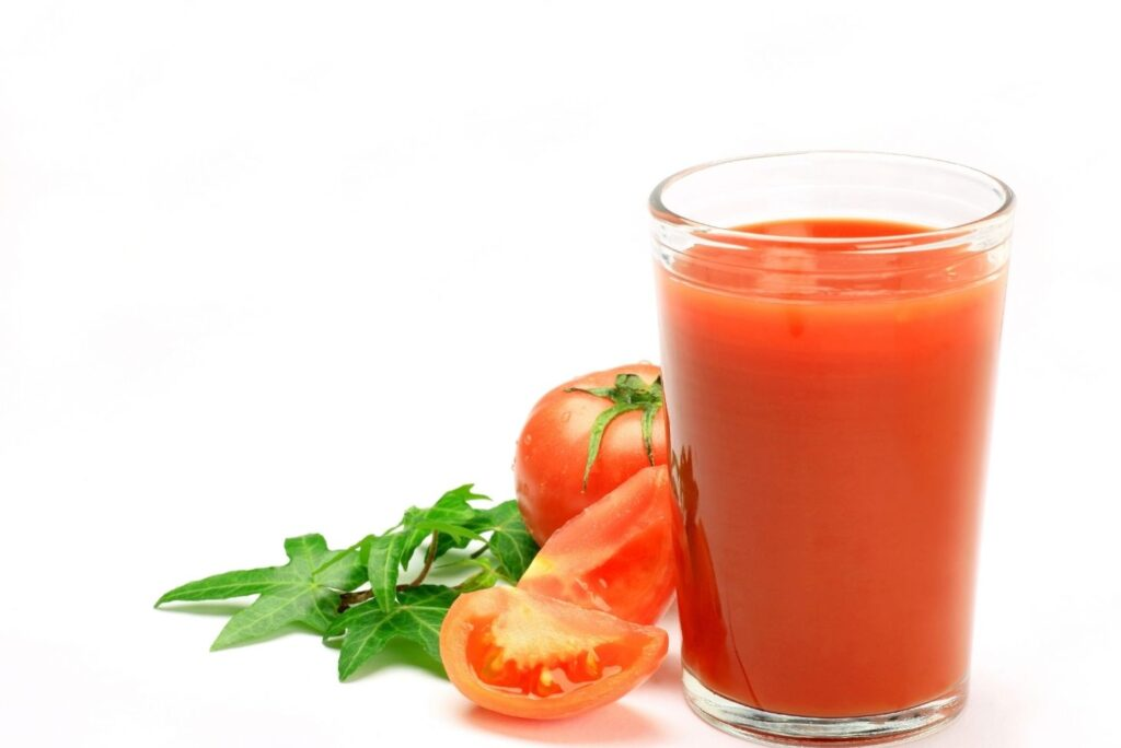 Natural Remedies for Thrombophlebitis - Tomato Juice - MYN